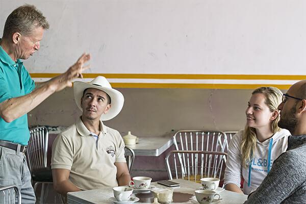 Coffee Tour, Tours para parejas en el eje cafetero, tour de café y hospedaje en la región cafetera de Buenavista y  Pijao, Génova y Armenia Quindío, Colombia Travel , Experiencia Cafetera, Travel In Colombia , Coffee Experience , Coffee Region , Coffee Triangle, Tours In Colombia , Travel Packages In Colombi
